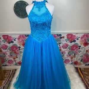 Bright Pool Blue Beaded High Neck Ballgown Pageant Prom Dress Size 00